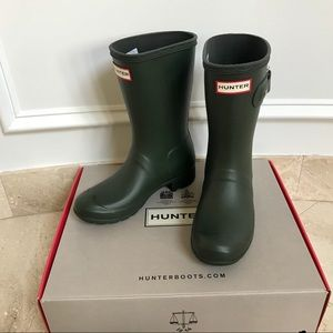 Hunter Original Tour Short Rain Boots- Dark Olive